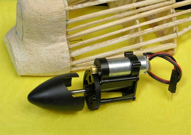 Geared electric motor destined to power the R/C Fireball