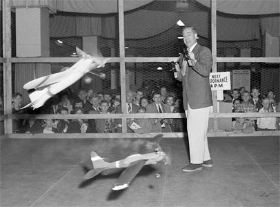 Jim Walker flying two Fireballs at the Cleveland Hobby Show in 1954